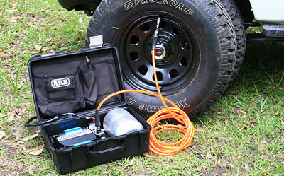 ARB (CKMTP12) 12V Twin Motor High Performance Portable Air Compressor Review 2018