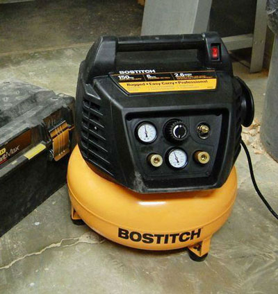Bostitch BTFP02012 6 Gallon 150 PSI Oil-Free Compressor Review 2018